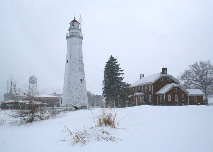 Winter Lighthouses - Ft. Gratiot Lighthouse - Pasty Gallery